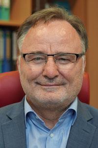 Portrait of Prof. Dr. <br>Erhard Rahm